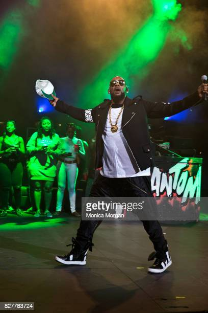 Singersongwriter R Kelly performs at Chene Park on August 5 2017 in Detroit Michigan