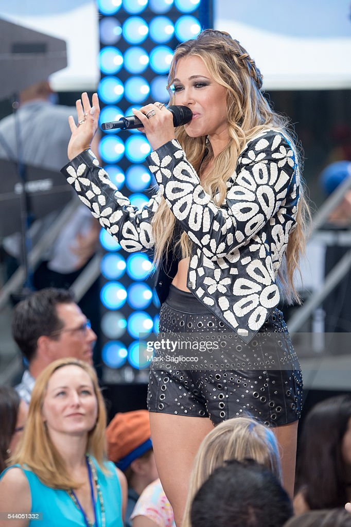 Singer/Songwriter Rachel Platten performs on NBC's 'Today' show at Rockefeller Plaza on July 1, 2016 in New York City.