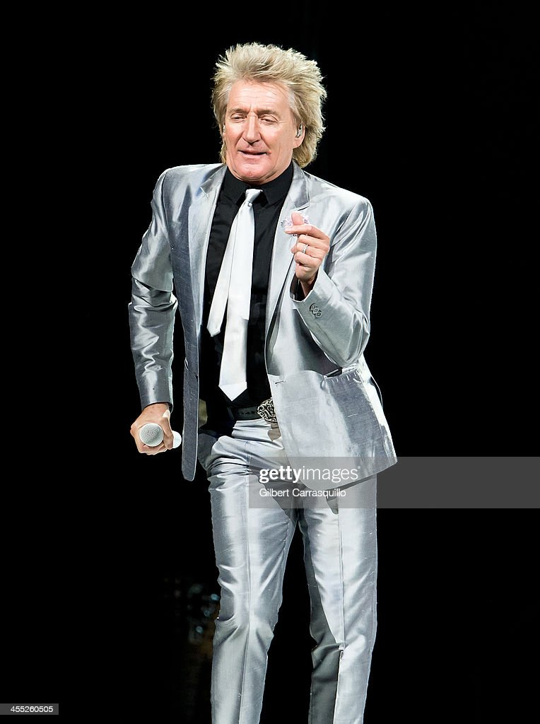 Singer-songwriter Rod Stewart performs during 'Live the Life' tour at Wells Fargo Center on December 11, 2013 in Philadelphia, Pennsylvania.
