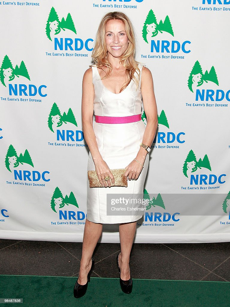 Singer/songwriter Sheryl Crow attends the 12th annual 'Forces for Nature' gala benefit at Pier Sixty at Chelsea Piers on April 15, 2010 in New York City.