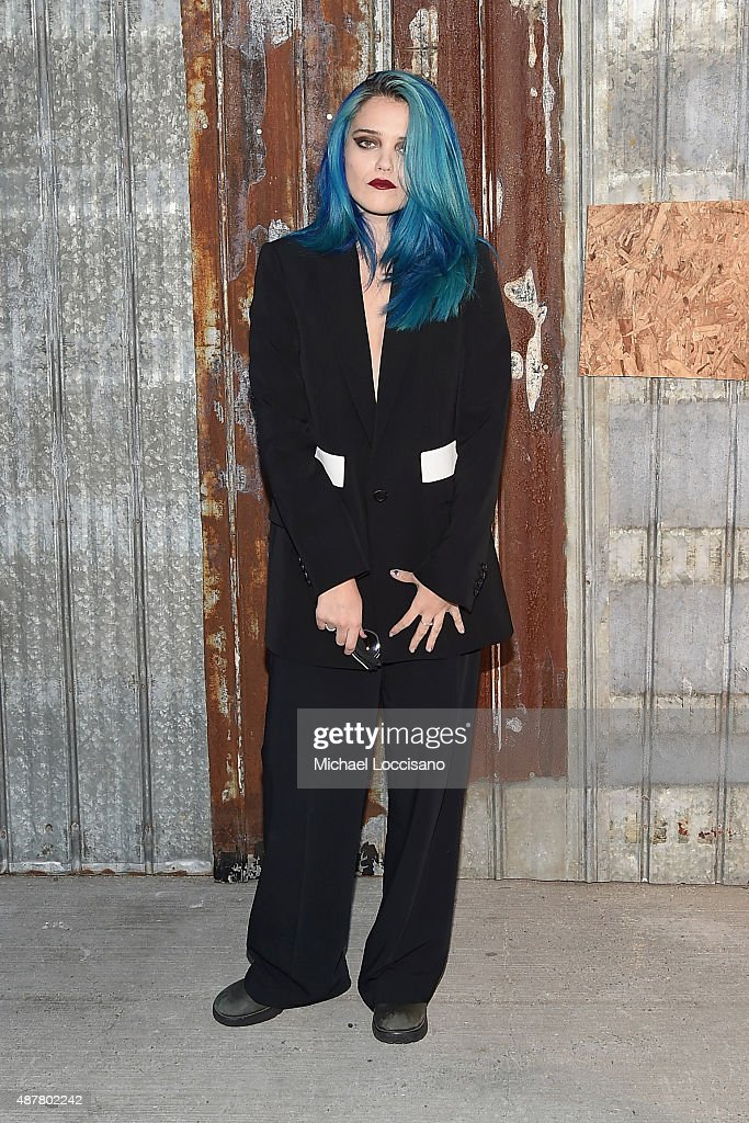 Singer/songwriter <a gi-track='captionPersonalityLinkClicked' href=/galleries/search?phrase=Sky+Ferreira&family=editorial&specificpeople=6740166 ng-click='$event.stopPropagation()'>Sky Ferreira</a> attends the Givenchy fashion show during Spring 2016 New York Fashion Week at Pier 26 at Hudson River Park on September 11, 2015 in New York City.