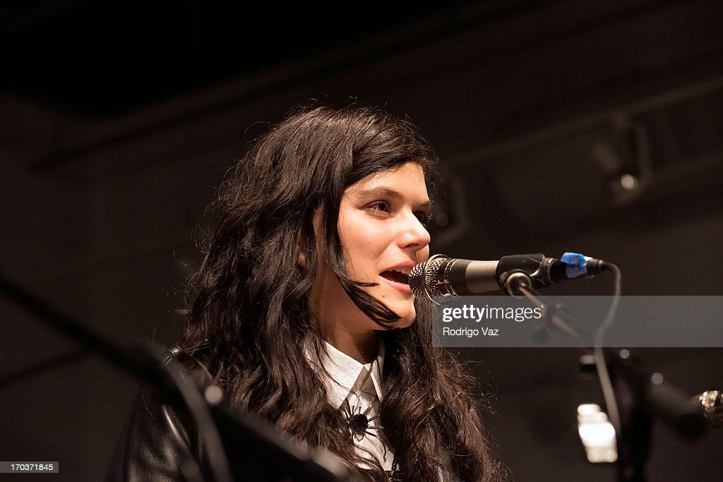 Singer/songwriter SoKo performs at Sonos Studio on June 11, 2013 in Los Angeles, California.