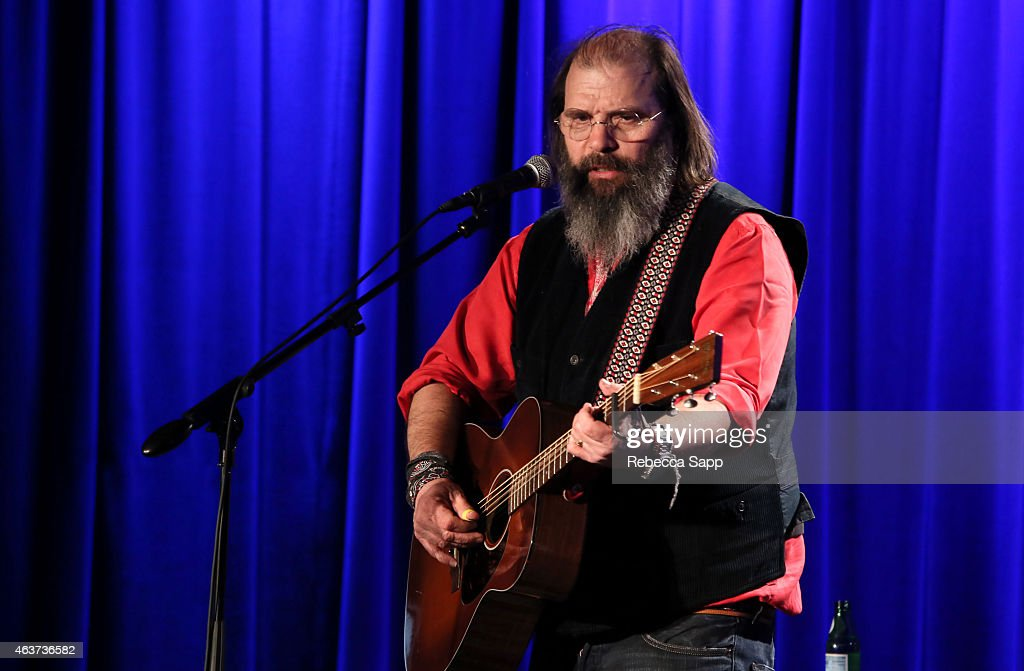 Singer/songwriter Steve Earle performs at The Drop: Steve Earle at The GRAMMY Museum on February 17, 2015 in Los Angeles, California.