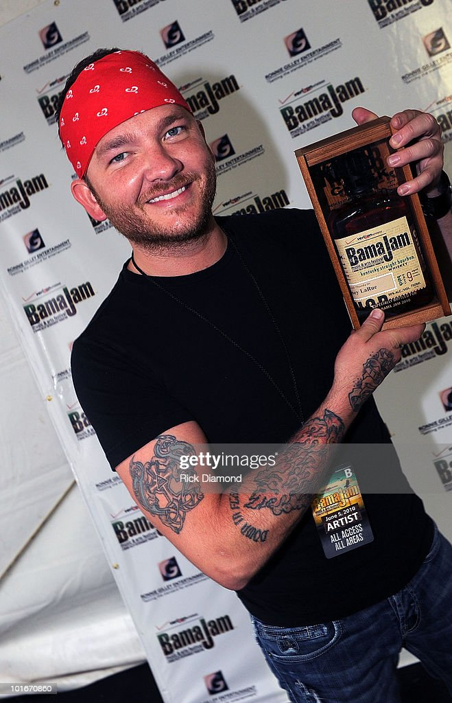Singer/Songwriter Stoney Larue backstage during the 2010 BamaJam Music & Arts Festival at the corner of Hwy 167 and County Road 156 on June 5, 2010 in Enterprise, Alabama.