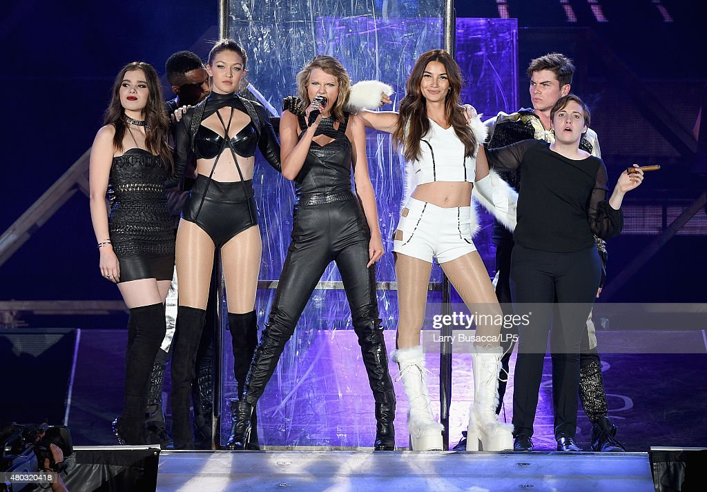 Singer/songwriter Taylor Swift performs onstage with Hailee Steinfeld Gigi Hadid Lily Aldridge and Lena Dunham during The 1989 World Tour Live at...