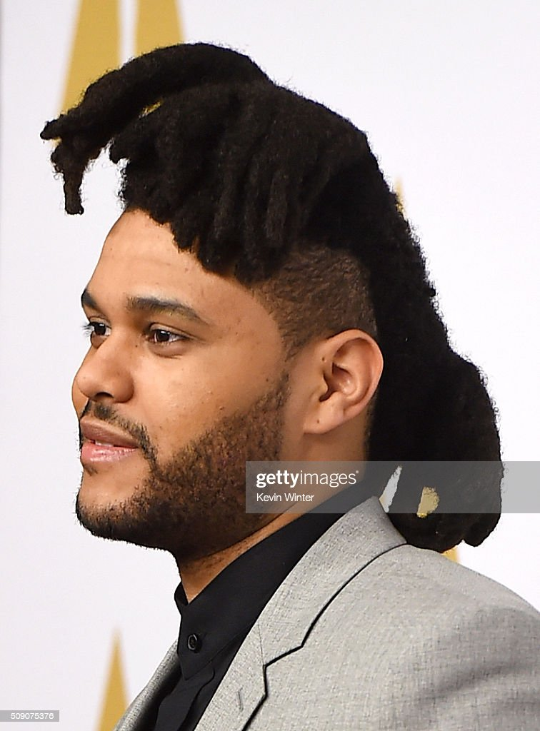 Singer-songwriter <a gi-track='captionPersonalityLinkClicked' href=/galleries/search?phrase=The+Weeknd+-+Musicien&family=editorial&specificpeople=8008743 ng-click='$event.stopPropagation()'>The Weeknd</a> attends the 88th Annual Academy Awards nominee luncheon on February 8, 2016 in Beverly Hills, California.