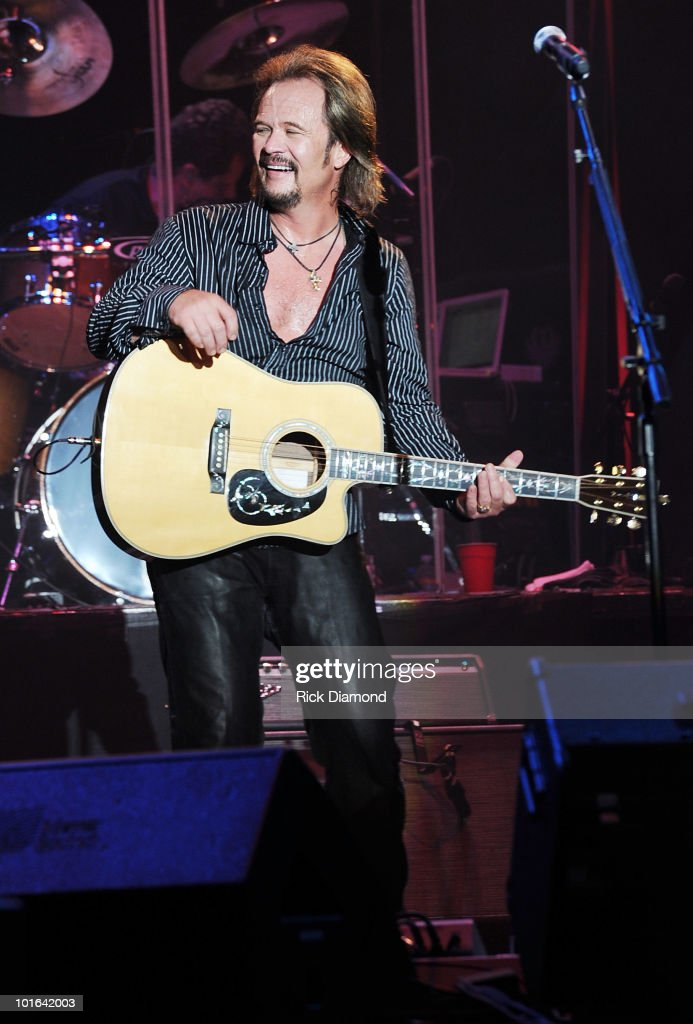 Singer/Songwriter Travis Tritt performs during the 2010 BamaJam Music Arts Festival at the corner of Hwy 167 and County Road 156 on June 4 2010 in...