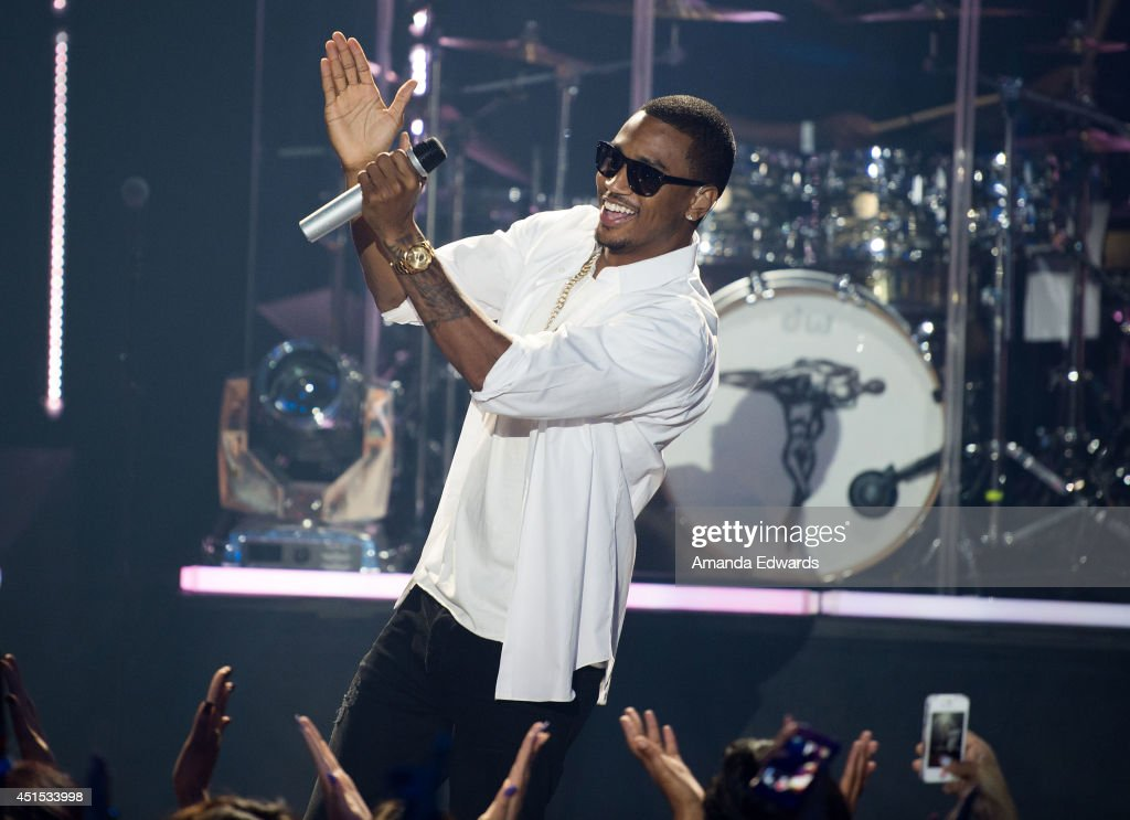 Singer-songwriter <a gi-track='captionPersonalityLinkClicked' href=/galleries/search?phrase=Trey+Songz&family=editorial&specificpeople=674835 ng-click='$event.stopPropagation()'>Trey Songz</a> performs onstage as part of the iHeart Live Series presented by Clear Channel at the iHeartRadio Theater on June 30, 2014 in Burbank, California.