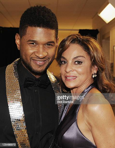COVERAGE**** Singer/Songwriter Usher Raymond and Recording Artist/Actress Jasmine Guy backstage at the 33rd Annual Georgia Music Hall Of Fame Awards...