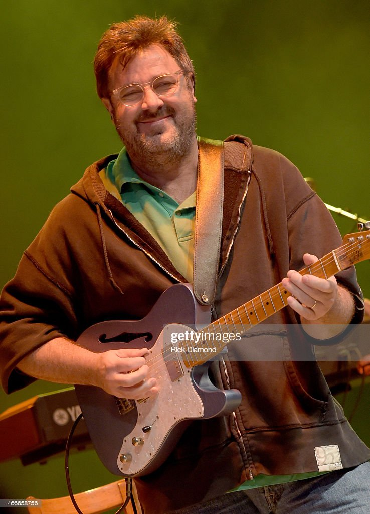 Singer/Songwriter Vince Gill performs during I Am A Woman Benefit Concert to honor longtime music industry veteran Debbie Ballentine at Wildhorse...