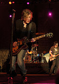 Singer/songwriter/guitarist John Rzeznik drummer Mike Malinin and singer/songwriter/bass guitarist Robby Takac of the Goo Goo Dolls performs at the...