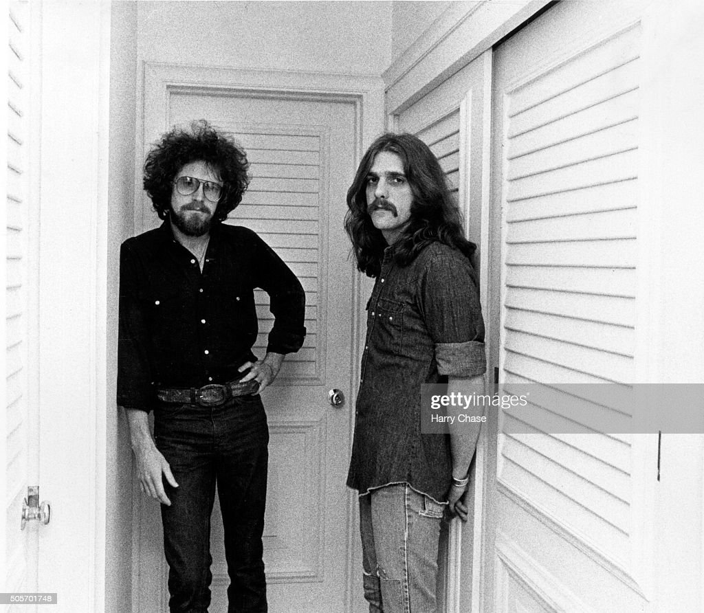 Singer/songwriters for the Eagles, <a gi-track='captionPersonalityLinkClicked' href=/galleries/search?phrase=Don+Henley&family=editorial&specificpeople=216382 ng-click='$event.stopPropagation()'>Don Henley</a> and <a gi-track='captionPersonalityLinkClicked' href=/galleries/search?phrase=Glenn+Frey&family=editorial&specificpeople=223995 ng-click='$event.stopPropagation()'>Glenn Frey</a> are photographed for Los Angeles Times in 1977 in Los Angeles, California. PUBLISHED IMAGE.