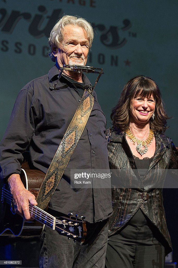 Singer-songwriters Kris Kristofferson (L) and Jessi Colter perform on stage as part of the 9th Annual Texas Heritage Songwriters' Hall of Fame Awards Show at ACL Live on June 22, 2014 in Austin, Texas.