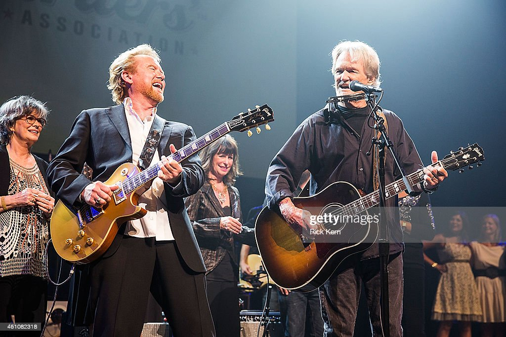 Singer-songwriters <a gi-track='captionPersonalityLinkClicked' href=/galleries/search?phrase=Lee+Roy+Parnell&family=editorial&specificpeople=2133168 ng-click='$event.stopPropagation()'>Lee Roy Parnell</a>, <a gi-track='captionPersonalityLinkClicked' href=/galleries/search?phrase=Jessi+Colter&family=editorial&specificpeople=764922 ng-click='$event.stopPropagation()'>Jessi Colter</a>, and <a gi-track='captionPersonalityLinkClicked' href=/galleries/search?phrase=Kris+Kristofferson&family=editorial&specificpeople=206202 ng-click='$event.stopPropagation()'>Kris Kristofferson</a> perform on stage as part of the 9th Annual Texas Heritage Songwriters' Hall of Fame Awards Show at ACL Live on June 22, 2014 in Austin, Texas.