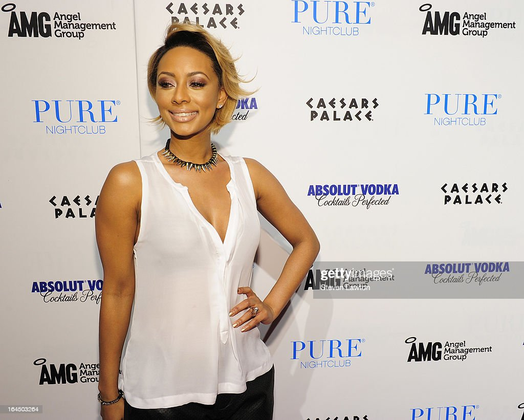 Singer/sonwriter Keri Hilson arrives at the Pure Nightclub at Caesars Palace on March 23, 2013 in Las Vegas, Nevada.
