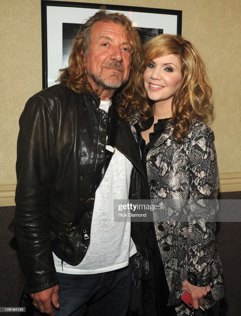 Singers/Songwriters <a gi-track='captionPersonalityLinkClicked' href=/galleries/search?phrase=Robert+Plant&family=editorial&specificpeople=211368 ng-click='$event.stopPropagation()'>Robert Plant</a> and Allison Krauss backstage at the 10th Americana Music Association honors and awards at the Ryman Auditorium on October 13, 2011 in Nashville, Tennessee.