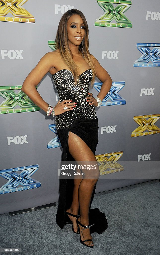 Singer/TV personality Kelly Rowland attends FOX's 'The X Factor' season finale at CBS Television City on December 19, 2013 in Los Angeles, California.