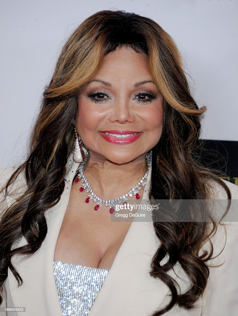 "20th Annual Race To Erase MS Gala ""Love To Erase MS"" - Arrivals"