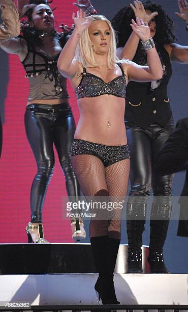 Singger Britney Spears performs at the 2007 MTV Video Music Awards at The Pearl Concert Theater on September 9 2007 in Las Vegas Nevada