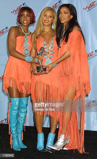 Singing group Destiny's Child arrive at the MTV Video Music Awards September 6 2001 in New York City