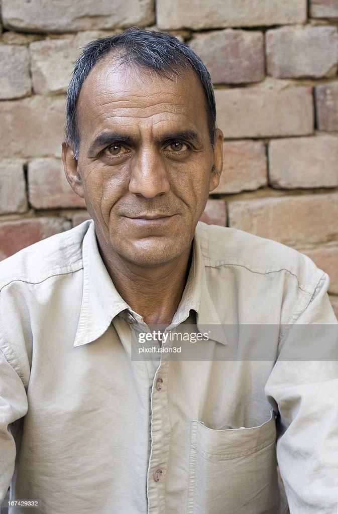 Simples Retrato de homem asiático cidadão idosos. : Foto de stock
