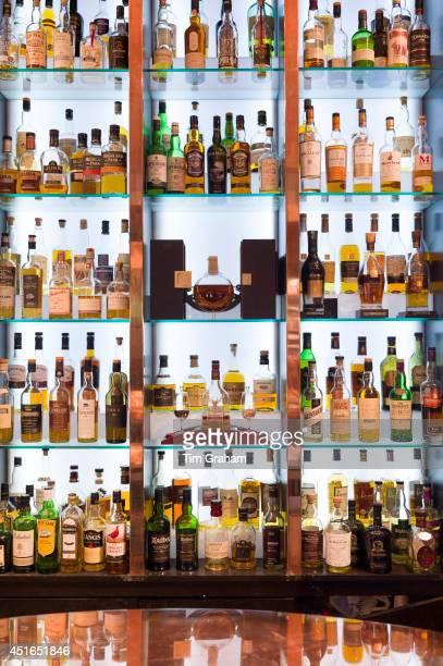 Single malt Scotch whisky Glenmorangie Glenlivet Macalan Balvenie Bowmore Glenkinchie Laphroig Glengoyne Springbank Dalmore Famous Grouse Lagavulin...