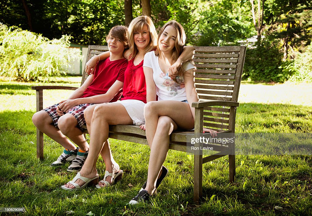 dating100 dating free parent single Online dating is the best way to do it, become member on this dating site and start flirting with other members 100 free single dating - do you.