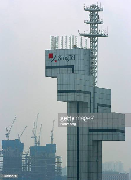 SingTel telecommunications tower stands in Singapore on Tuesday November 7 2006 Singapore Telecommunications Ltd Southeast Asia's largest phone...