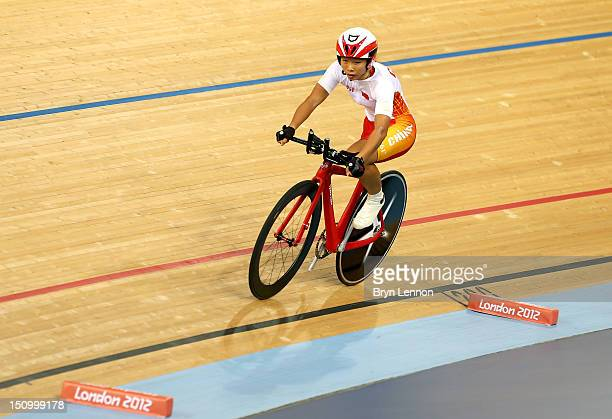 Sini Zeng of China competes in the Women's Individual C123 Pursuit Cycling on day 1 of the London 2012 Paralympic Games at Velodrome on August 30...