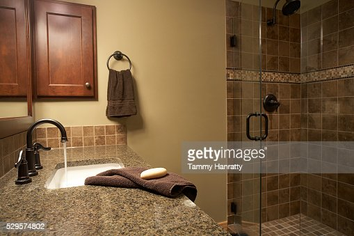 Sink and shower : Stock Photo