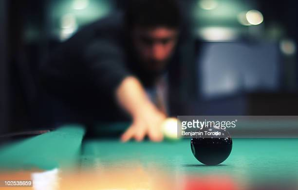 Sink the eight-ball