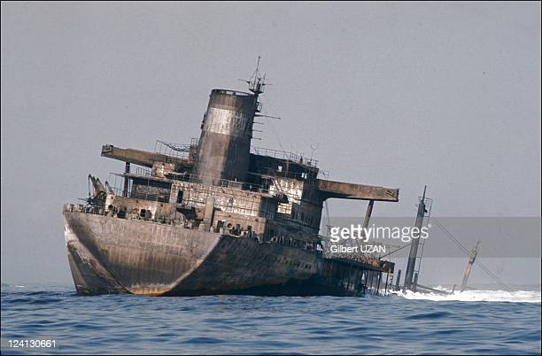 Sinking of Urquiola's oil in Spain on May 15 1976 Tanker burned for two daysThe pillar of smoke went as far as 115 km