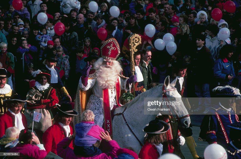 Sinterklaas in Town 2011 | IamExpat Blog