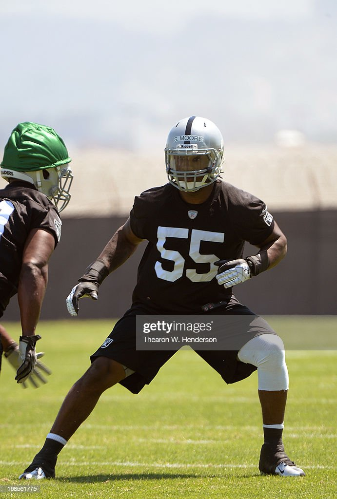 Sio Moore #55 of the Oakland Raiders participates in drills during Rookie Mini-Camp on May 11, 2013 in Alameda, California.