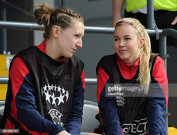 Siobhan Chamberlain and Anouk Hoogendijk of Arsenal Ladies before the match between Arsenal Ladies and Birmingham City Ladies in the UEFA Womens...