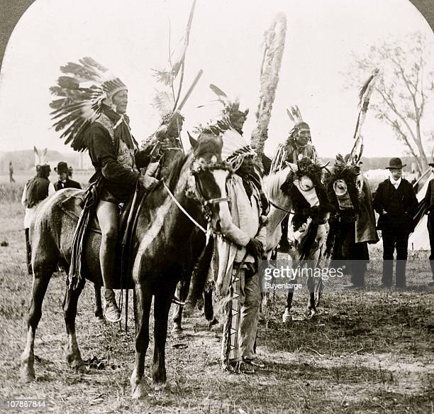 Sioux Indians and ponies 1919
