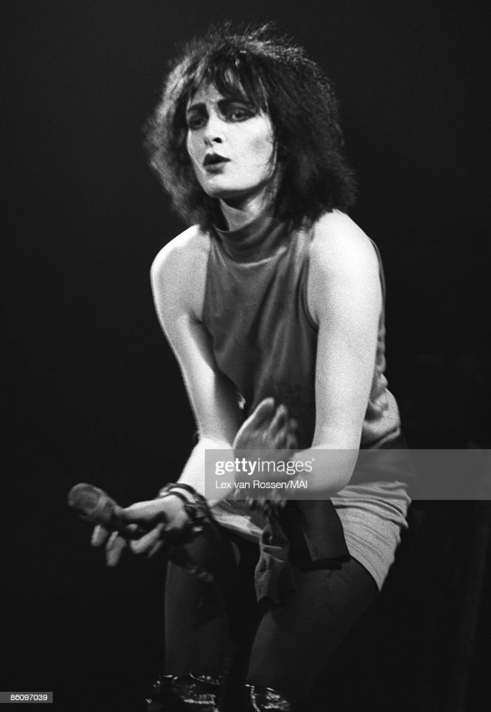 <a gi-track='captionPersonalityLinkClicked' href=/galleries/search?phrase=Siouxsie+Sioux&family=editorial&specificpeople=714537 ng-click='$event.stopPropagation()'>Siouxsie Sioux</a> from Siouxsie & The Banshees performs live on stage in the Netherlands circa 1978.
