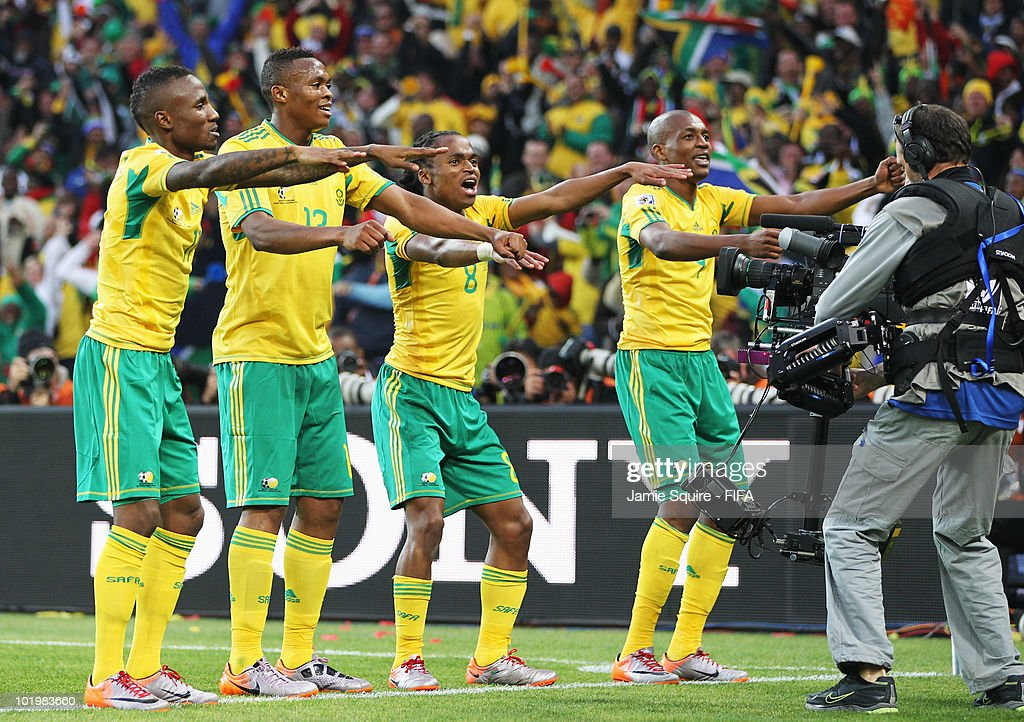 <a gi-track='captionPersonalityLinkClicked' href=/galleries/search?phrase=Siphiwe+Tshabalala&family=editorial&specificpeople=788347 ng-click='$event.stopPropagation()'>Siphiwe Tshabalala</a> (3rd L) of South Africa celebrates scoring the first goal with team mates during the 2010 FIFA World Cup South Africa Group A match between South Africa and Mexico at Soccer City Stadium on June 11, 2010 in Johannesburg, South Africa.