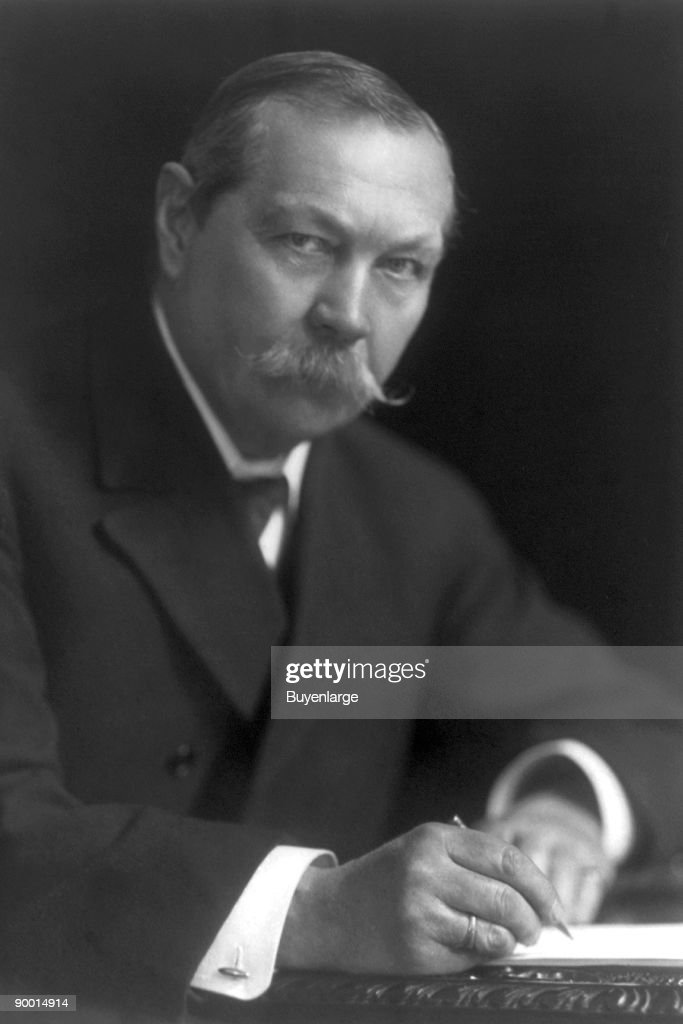 Sir <a gi-track='captionPersonalityLinkClicked' href=/galleries/search?phrase=Arthur+Conan+Doyle&family=editorial&specificpeople=203200 ng-click='$event.stopPropagation()'>Arthur Conan Doyle</a>