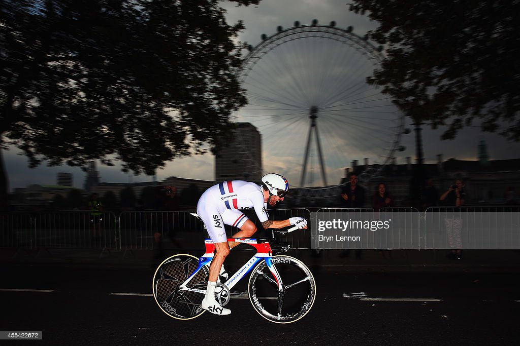 Sir <a gi-track='captionPersonalityLinkClicked' href=/galleries/search?phrase=Bradley+Wiggins&family=editorial&specificpeople=182490 ng-click='$event.stopPropagation()'>Bradley Wiggins</a> of Great Britain and Team SKY in action on his way to winning stage 8a of the 2014 Tour of Britain, an 8.8km time trial around Whitelhall on September 14, 2014 in London, England.