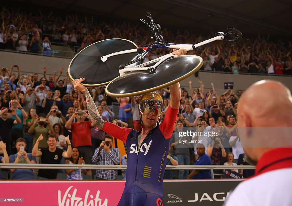 Sir <a gi-track='captionPersonalityLinkClicked' href=/galleries/search?phrase=Bradley+Wiggins&family=editorial&specificpeople=182490 ng-click='$event.stopPropagation()'>Bradley Wiggins</a> of Great Britain and Team Wiggins celebrates breaking the UCI One Hour Record at Lee Valley Velopark Velodrome on June 7, 2015 in London, England.
