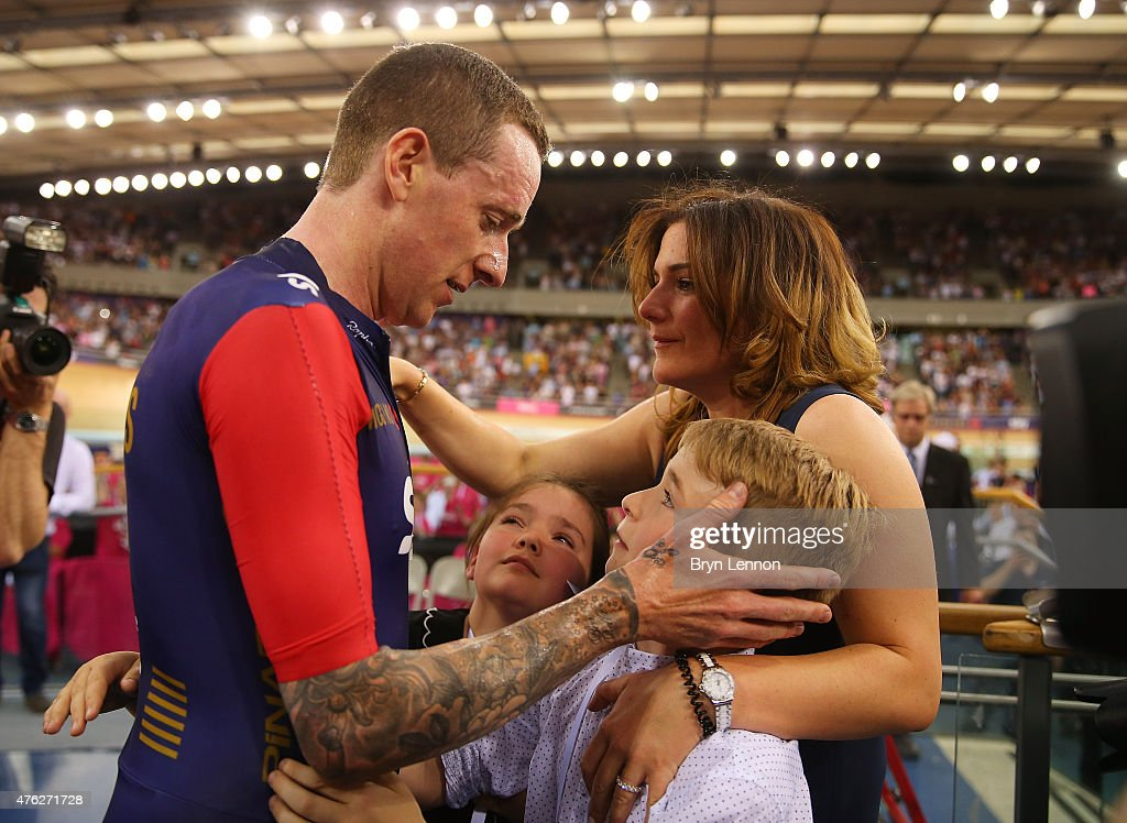 Sir <a gi-track='captionPersonalityLinkClicked' href=/galleries/search?phrase=Bradley+Wiggins&family=editorial&specificpeople=182490 ng-click='$event.stopPropagation()'>Bradley Wiggins</a> of Great Britain and Team Wiggins celebrates with his family after breaking the UCI One Hour Record at Lee Valley Velopark Velodrome on June 7, 2015 in London, England.