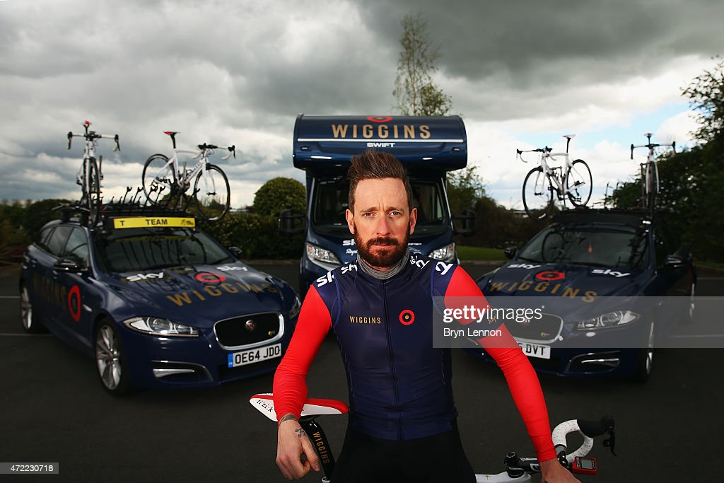 Sir <a gi-track='captionPersonalityLinkClicked' href=/galleries/search?phrase=Bradley+Wiggins&family=editorial&specificpeople=182490 ng-click='$event.stopPropagation()'>Bradley Wiggins</a> of Great Britain and team Wiggins poses for a photo ahead of the Tour de Yorkshire on April 30, 2015 in York, England.