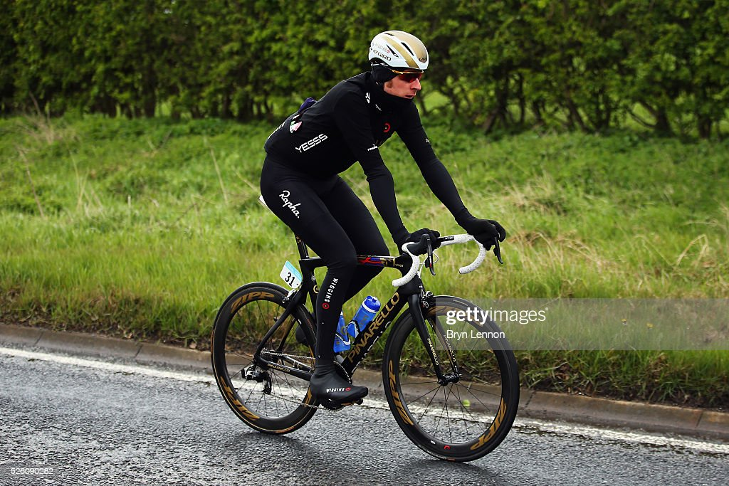 Sir <a gi-track='captionPersonalityLinkClicked' href=/galleries/search?phrase=Bradley+Wiggins&family=editorial&specificpeople=182490 ng-click='$event.stopPropagation()'>Bradley Wiggins</a> of Great Britain and Team Wiggins rides back to the peloton after being held up by a crash early on stage one of the 2016 Tour de Yorkshire from Beverley to Settle on April 29, 2016 in Settle, England.