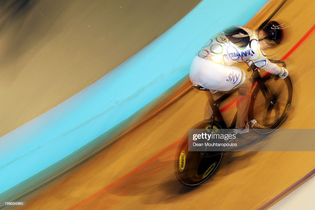 Sir <a gi-track='captionPersonalityLinkClicked' href=/galleries/search?phrase=Chris+Hoy&family=editorial&specificpeople=171259 ng-click='$event.stopPropagation()'>Chris Hoy</a> of Great Britain competes in the Giant Sprint Masters during the Rotterdam 6 Day Cycling at Ahoy Rotterdam on January 6, 2013 in Rotterdam, Netherlands.