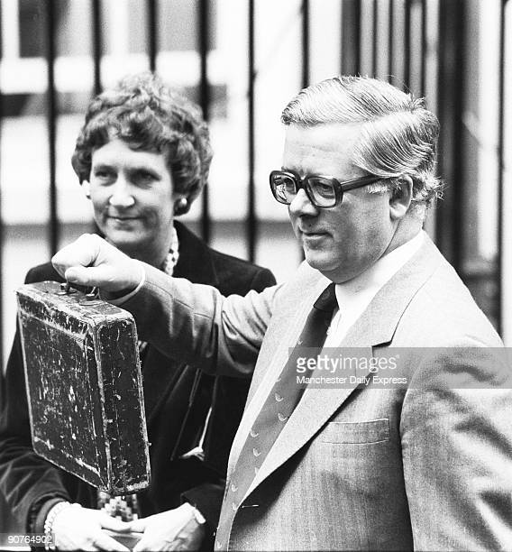 Sir Geoffrey and Lady Howe leave for the Commons to present his budget
