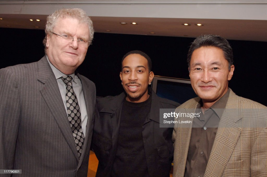 Sir <a gi-track='captionPersonalityLinkClicked' href=/galleries/search?phrase=Howard+Stringer&family=editorial&specificpeople=210597 ng-click='$event.stopPropagation()'>Howard Stringer</a>, Chairman and Chief Executive Officer, Sony Corporation, <a gi-track='captionPersonalityLinkClicked' href=/galleries/search?phrase=Ludacris&family=editorial&specificpeople=203034 ng-click='$event.stopPropagation()'>Ludacris</a> and Kaz Hirai, President of Sony Computer Entertainment America