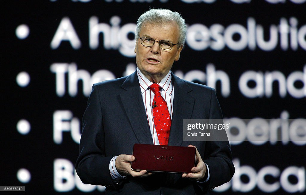howard stringer Former sony boss sir howard stringer has emerged as an early favourite to succeed lord patten as chairman of the bbc trust although lady marjorie scardino is also.