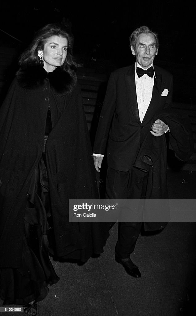 Sir Hugh Fraser and Jackie Onassis attending 'Costume Exhibit Fashions from the Hapsburg Era' on December 3, 1979 at the Metropolitan Museum of Art in New York City, New York.