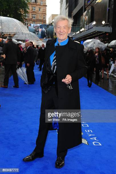 Sir Ian McKellen arriving at the XMen Days of Future Past UK premiere at The West End Odeon Leicester Square London
